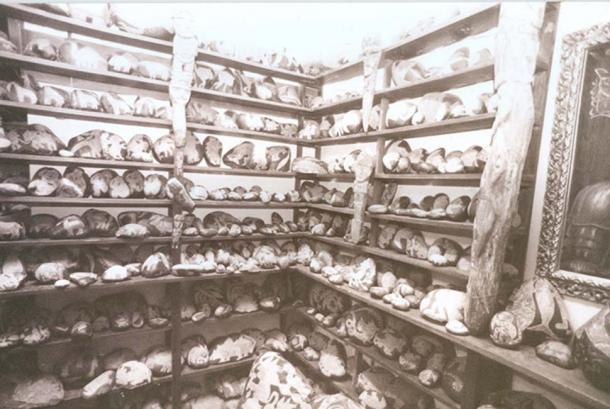 Masses of engraved stones in Professor Cabrera's collection.