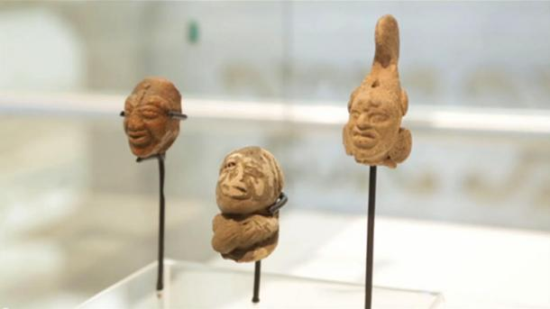 Some figurines that have been discovered around the Mayan T'Ho.