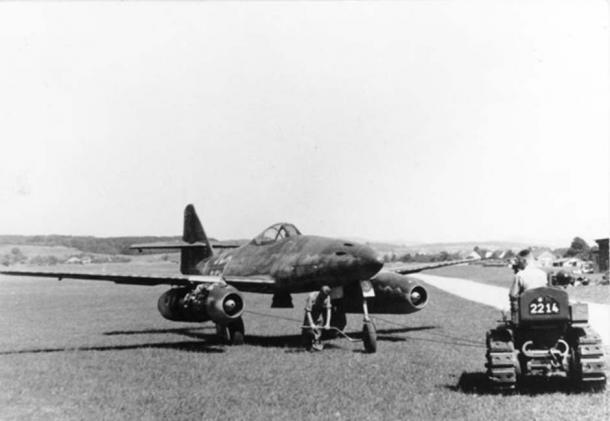 A Me 262 A aircraft circa 1944/45.