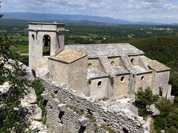 Medieval Church of Notre-Dame-d'Alydon d'Oppède, Vaucluse, France