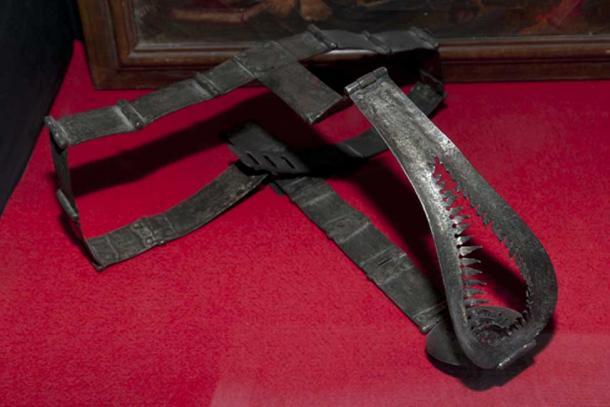 Medieval chastity belt for women. (Adwo / Adobe)
