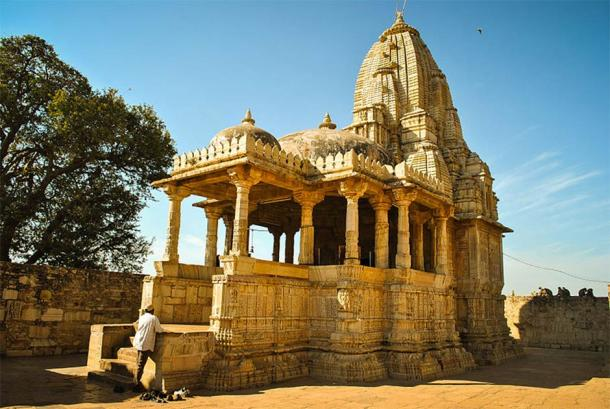 Meera Temple, at Chittorgarh Fort in Rajasthan, is where Mirabai is said to have prayed to Krishna. (Sujay25 / CC BY-SA 3.0)