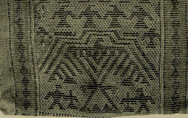 A Menomini woven bag showing the Thunderers.