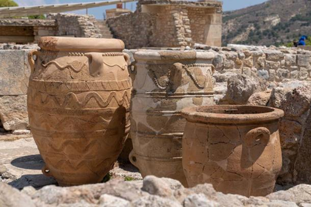 Millennia-old amphorae in Knossos that have been pieced back together. (Ioannis Syrigos)
