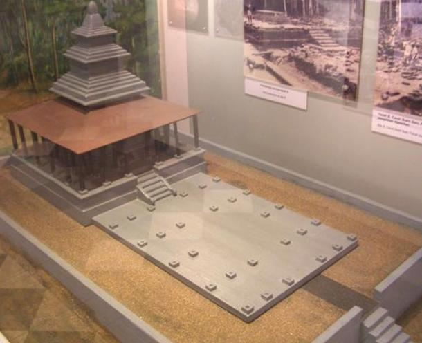 Model of early Kedah architecture, a religious sanctuary called a candi.