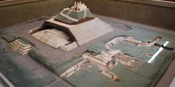 Model of the city and Great Pyramid of Cholula. Cholula Museum, Puebla, Mexico.