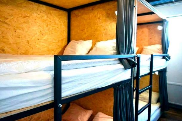 Modern enclosed beds