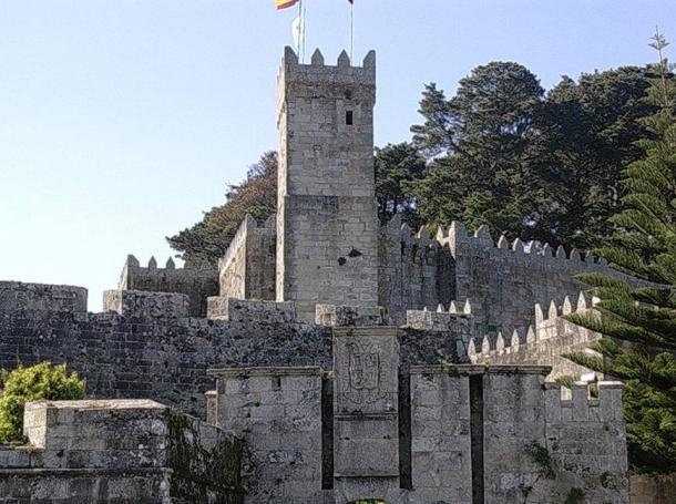 Monterreal Castle.
