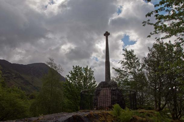 Monument to commemorate the massacre of Glencoe, Glencoe Scotland.