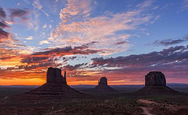"Image credit © ""Monumental Sunrise"" Loree Johnson."