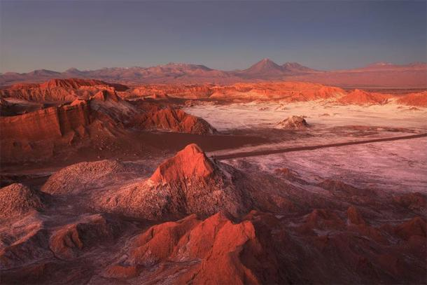 Moon Valley, Atacama Desert, Chile. (sunsinger / Adobe Stock)
