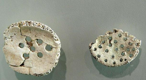 Museum Quintana. Urnfield culture (9th century BC): Amulets created of round fragments of human skull made by trepanation.