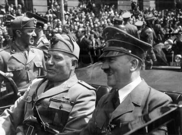 Mussolini and Hitler together in ca. 1940 (Doss, M / CC BY SA-2.0)