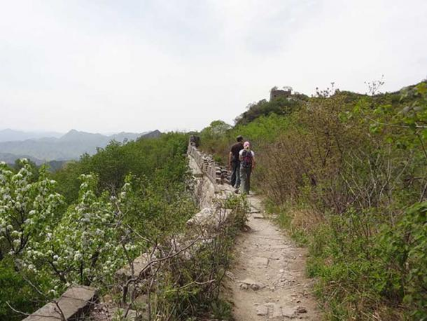 Mutianyu Great Wall, China. This is atop the wall on a section that has not been restored yet. (Bryanmackinnon / CC BY-SA 3.0)