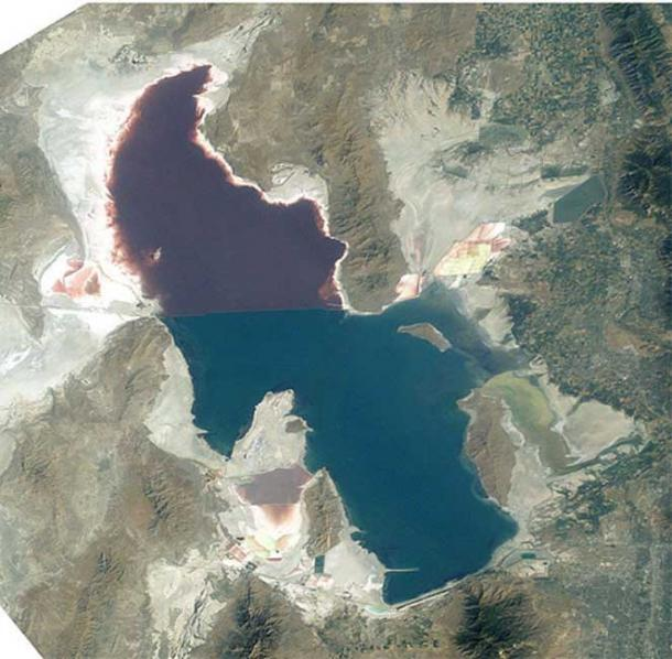 ISS/NASA imagery of the Great Salt Lake. Great Salt Lake, Utah, to the right (east) are the Wasatch Mountains, to the lower right is Salt Lake City, Utah.