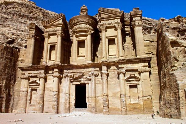 The Nabatean monastery ruins in Petra. (carbo82 / Adobe stock)
