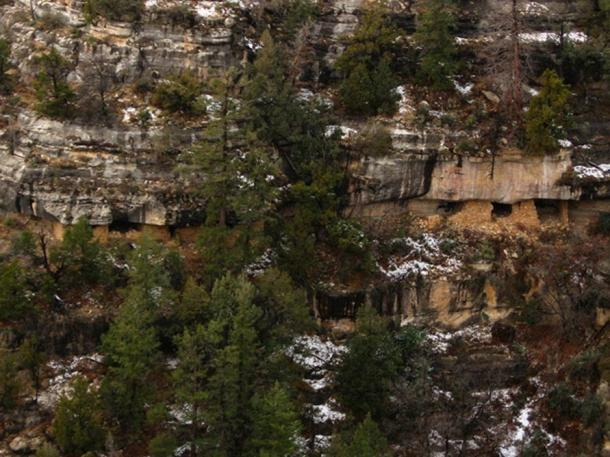 Walnut Canyon National Monument Cliff Dwellings.