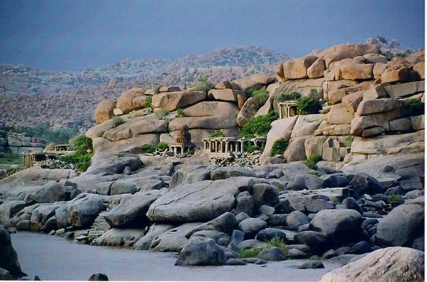 Natural fortress at Vijayanagara. (Dineshkannambadi/CC BY SA 3.0)