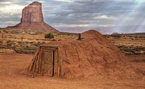 Navajo Hogan, Monument Valley Navajo Tribal Park, USA