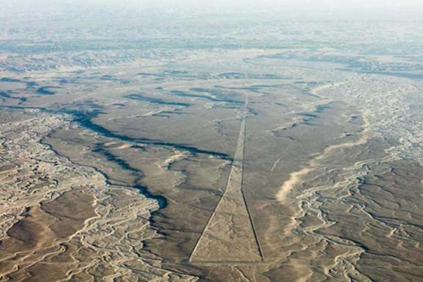 Nazca Lines, Nazca, Peru ( CC BY SA 4.0 )