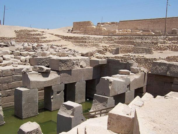 Nearby Abydos (Osireion pictured), after ceding its political rank to Thinis.