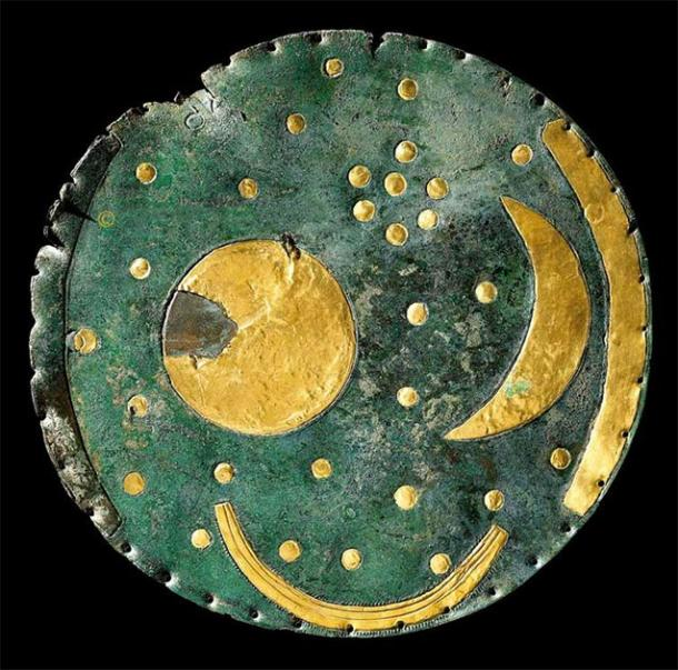 The Nebra sky disk is thought to be the oldest depiction of the cosmos in the world. (DBachmann/CC BY SA 3.0)