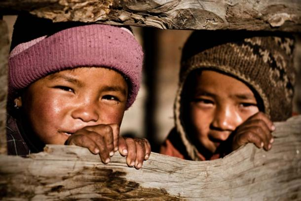 Nepalese children. (Eric Montfort / CC BY-SA 2.0)
