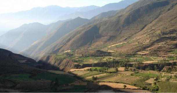 Nepeña Valley, Peru. Karecoto is the large mound visible in the center of the photo.