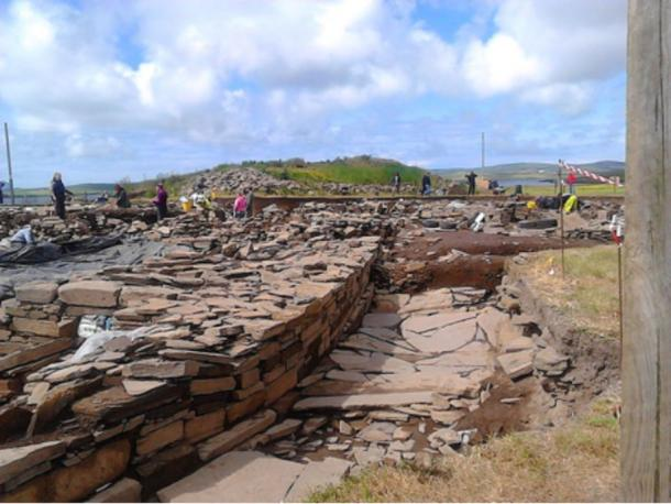 Ness of Brodgar dig looking almost due south along the west wall of structure #1.