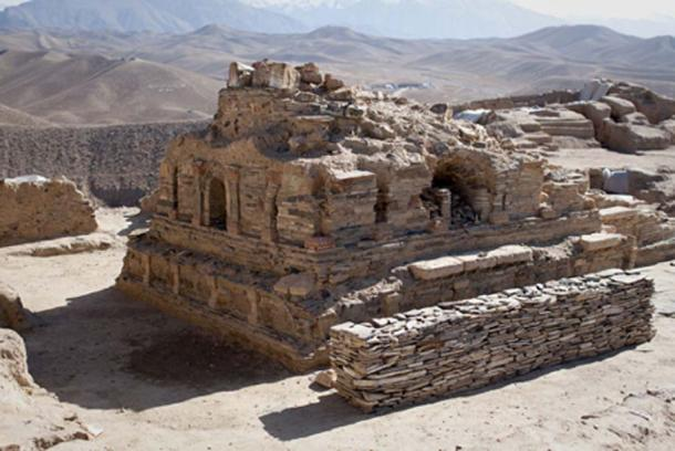 Newly excavated Buddhist stupa at Mes Aynak. (CC BY-SA 2.0)