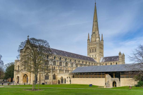 Fairground Ride in 900-Year-Old Norwich Cathedral is Not