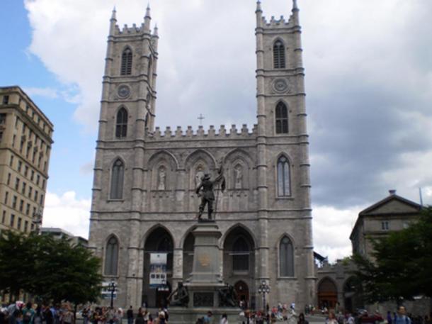 Notre-Dame Basilica, Exterior view (CC BY-SA 4.0)