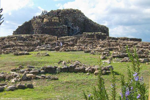 A Nuragic civilization stone fortress, in Sardinia, Italy. (UT70619 / CC BY-NC-ND 2.0)