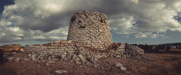 One of the Nuragic towers, South Sardinia, built in the 15-14th century BC (Andrea / Adobe Stock)