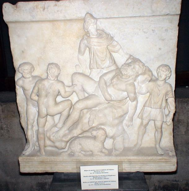Odysseus and his comrades blinding Polyphemus. (Gmihail / CC BY-SA 3.0)