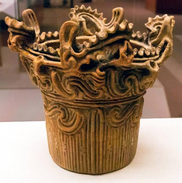 As time passed on Okinawa Jomon pottery became much more elaborate.
