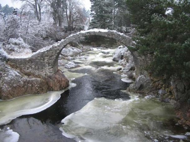 Old Packhorse bridge, Carrbridge, Scotland.