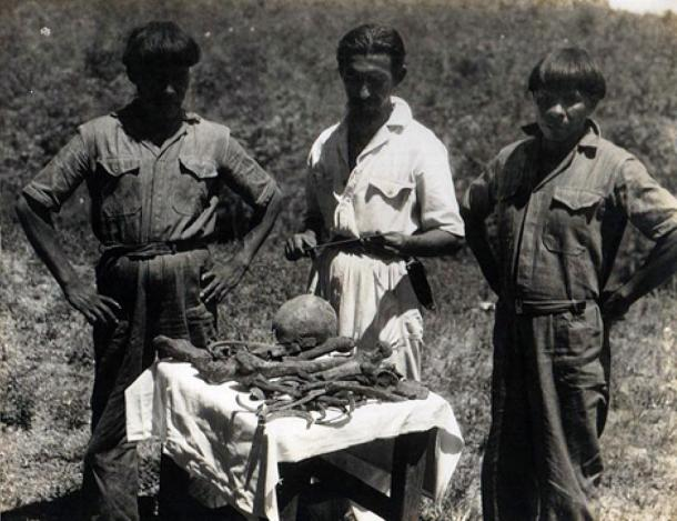 Orlando Villas Boas with two Kalapalo Indians with the supposed bones of Colonel Fawcett. 1952