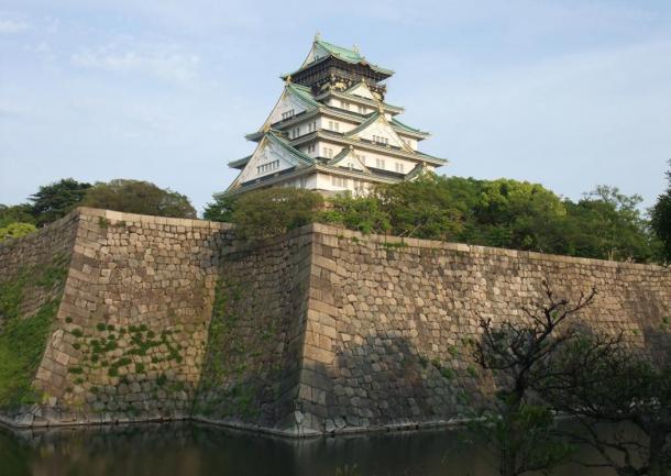 Osaka Castle, also built by Toyotomi Hideyoshi