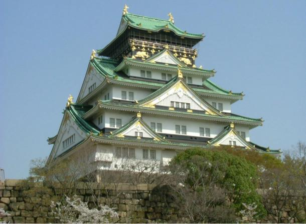 Osaka Castle, a famous construction of the Kongo Gumi corporation, 1583