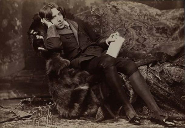 Oscar Wilde portrait by Napoleon Sarony. (Public Domain)