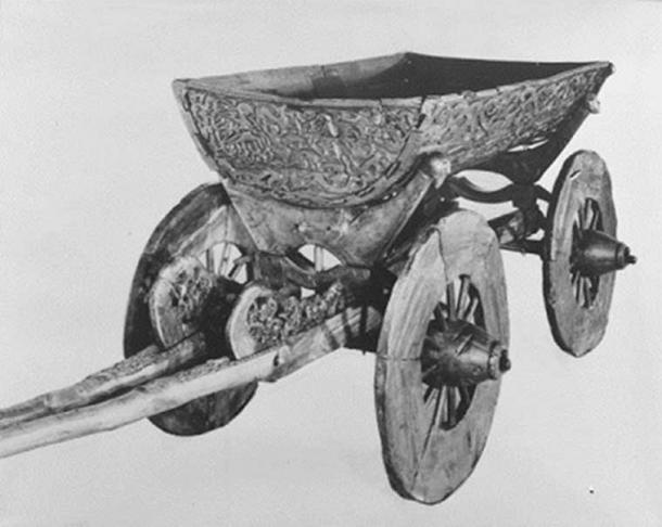 Was the Oseberg cart working as a landing vessel carrying the two women when the ship arrived in Valhalla? (Photo: Museum of Cultural History, University of Oslo)