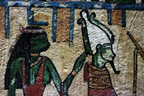 Osiris and Isis held at the Louvre Museum. (CC BY-SA 2.0)