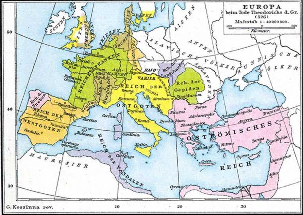 The Ostrogothic Kingdom (in yellow) at the death of Theoderic the Great.
