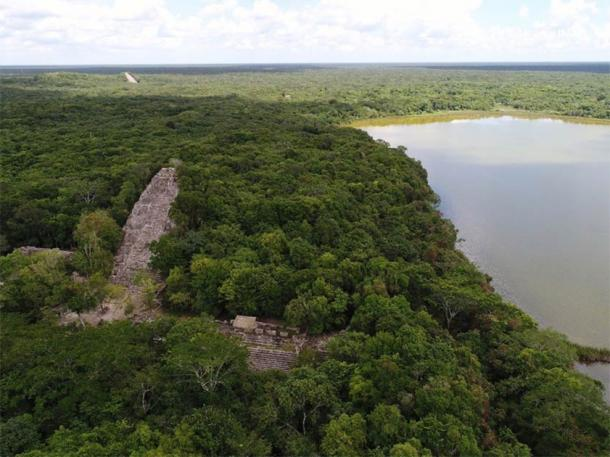 Overview of the ruins of Cobá, the home of a Maya warrior queen. (Oscar Garza Díaz)