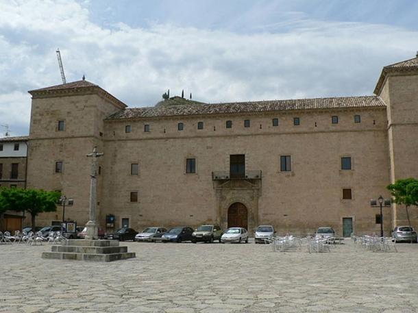 Palace of Pastrana, where Ana de Mendoza was confined.