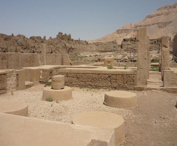 Palace of Ramses III, at Medinet Habu, Theban Necropolis, Egypt