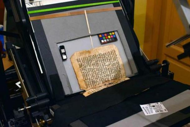 Palimpsest Syrus Sinaiticus (Syriac 30), installed on the preservation Book Cradle of the spectral imaging system