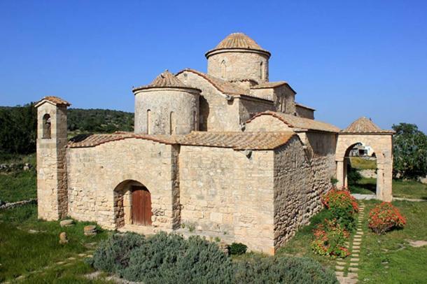 Panagia Kanakaria church in Lythrangomi (Boltaşlı), Karpass Peninsula, Northern Cyprus. (CC BY-SA 3.0)