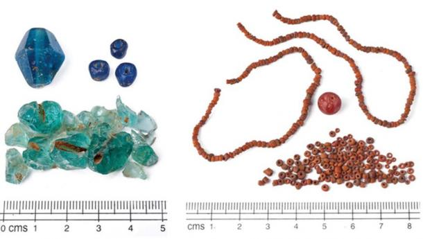 Pangkung Paruk glass beads. (A. Calo / Antiquity Publications Ltd)